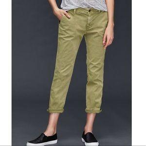 "GAP Girlfriend Chino ""Temporal Olive"" Crop Pants"